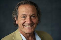 Dr. Fernando Zegers